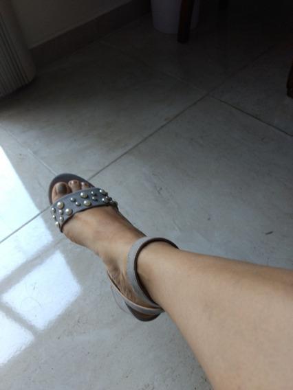 Zapatos Del Número 24 Color Gris Con Perlitas