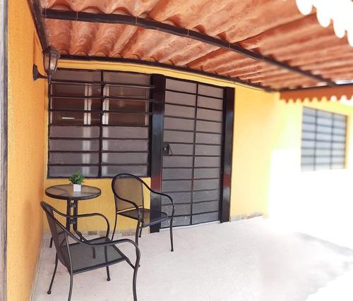 Imagen 1 de 11 de En Renta Departamento Amuebaldo En Jardines De Mérida 1 Rec, 1 Baño
