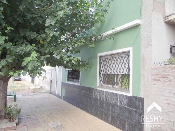 Casa 3 Amb C/ Patio Y Terraza Propios!!!!