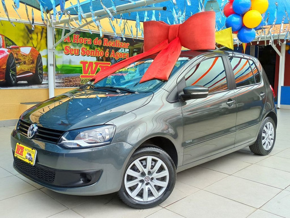 Volkswagen Fox 1.0 Mi Total Flex 2013