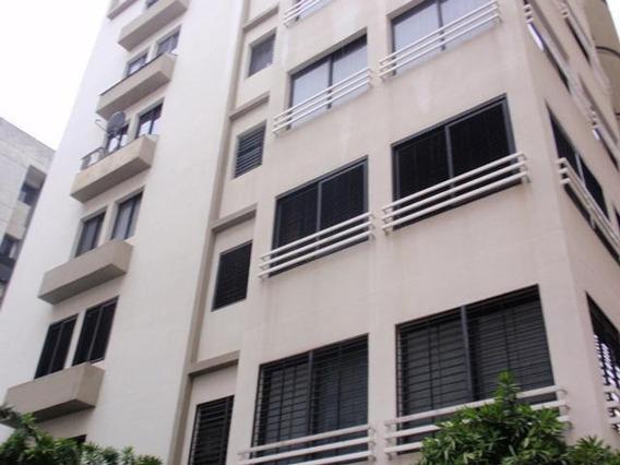 Apartamento En Venta Maracay El Bosque Rah 19-6301 Mdfc