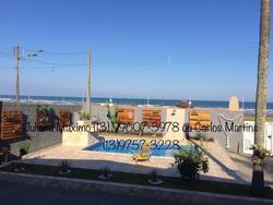 Casa Com Piscina Em Frente A Praia!!!