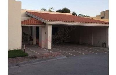 Casa En Venta Col. San Luciano