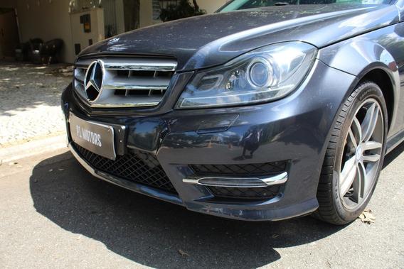 Mercedes Benz C200 Avantgarde - Incrivelmente Nova