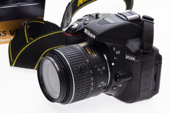 Câmera Nikon D5300 + Lente 18-55mm Kit Vrii + Bateria Extra