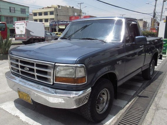 Ford F-150 Pick-up Xl