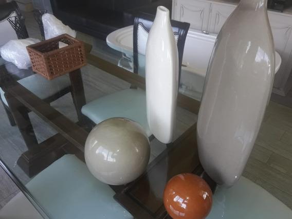 Set 4 Piezas - 2 Jarrones Y 2 Esferas