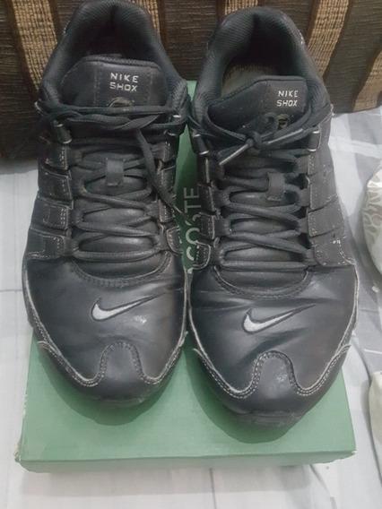 Nike Shox Black Em Couro N. 41 Br. Usa 9.0 27 Cm De Palmilha