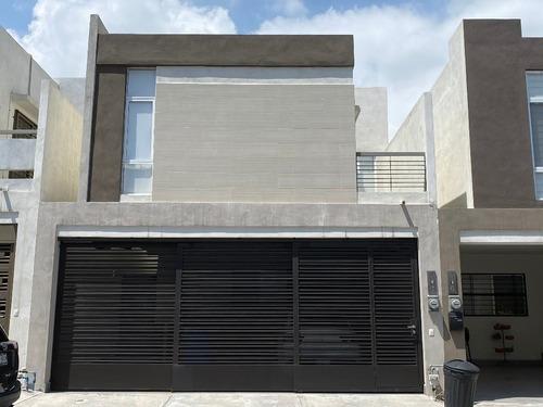 Casa En Renta, Monterrey, Nuevo León