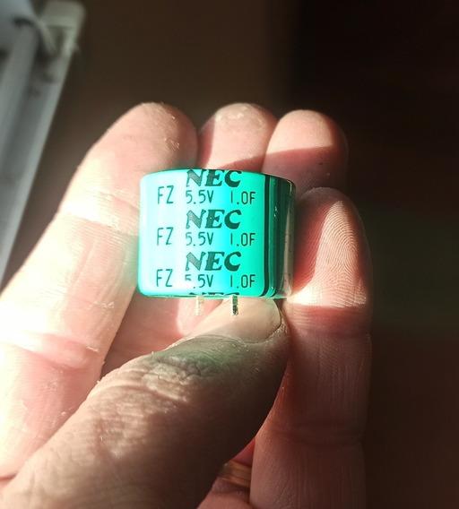 Capacitor Electrolítico Supercap 1f 5.5v Nec 1 Faradio Usado