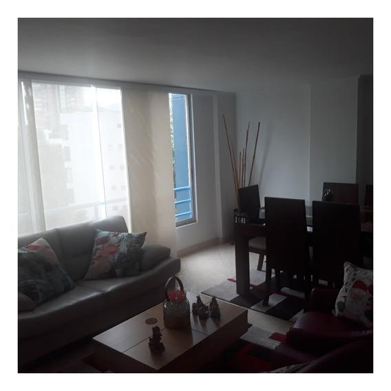 Venta De Apartamento En La Av Las Vegas, Medellín
