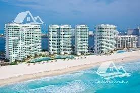Departamento En Venta En Cancún/ Zona Hotelera/bay View Grand