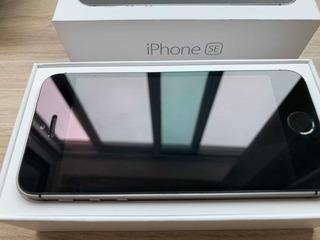 iPhone SE 32gb Cinza Seminovo + Capinha Grátis
