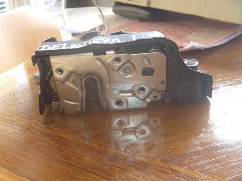 Vendo Cerradura Delantera Izquierda Bmw X5 Año 2003
