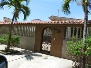 Venta - Casa Higuerote 902 Metros