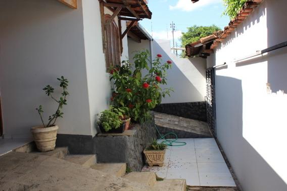 Casa Para Venda No Morada Do Parque Em Montes Claros - Mg - Cas43
