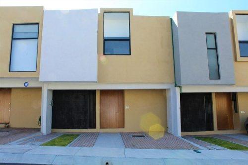 Casa En Renta En Zibata, El Marques, Rah-mx-20-460