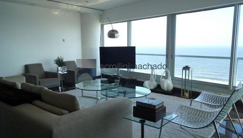 Apartamento En Venta Brava 3 Dormitorios-ref:2160