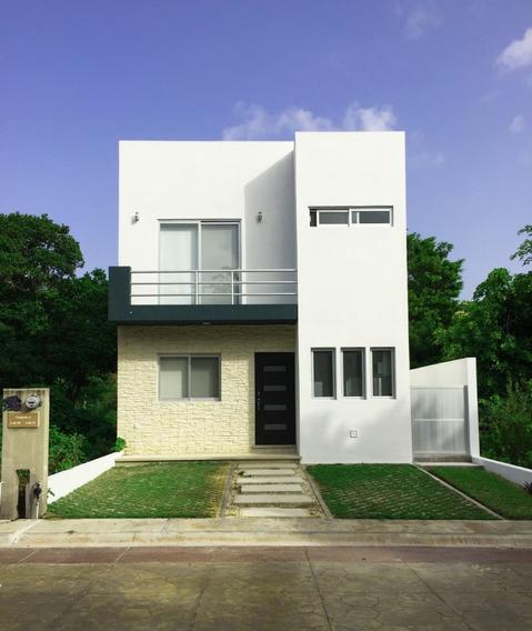 Hermosa Casa Con Alberca Privada En Puerto Morelos