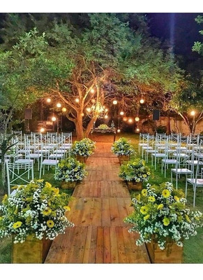 Locação De Mesas E Cadeiras Para Casamento, De Ferro.