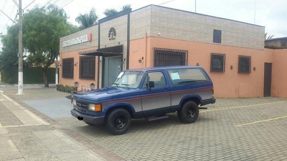 Chevrolet Bonanza Custom De Luxe