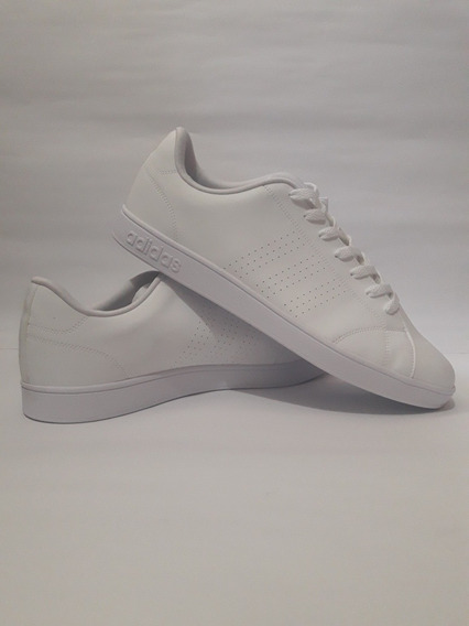 Tênis adidas Clean Advantage Vs Original.