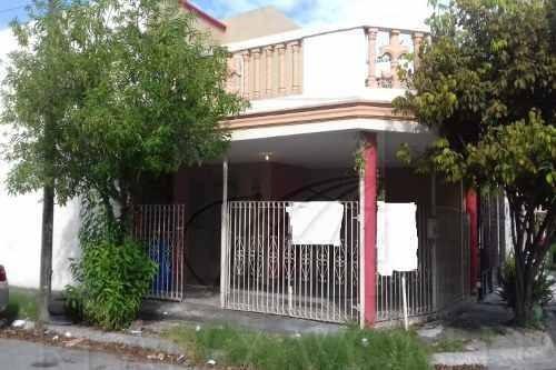 Casas En Venta En Los Robles, Apodaca