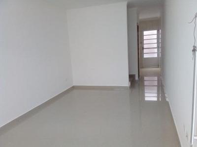 Sobrado À Venda, 63 M², 2 Quartos, 2 Banheiros - 9219