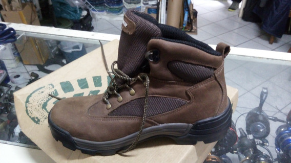 Bota Grants Pass Waterproof Columbia