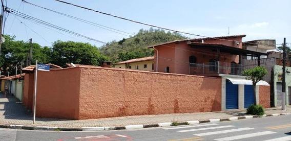C-2481 Casa Próximo Ao Centro De Guararema Com Ponto Comercial. - 2457