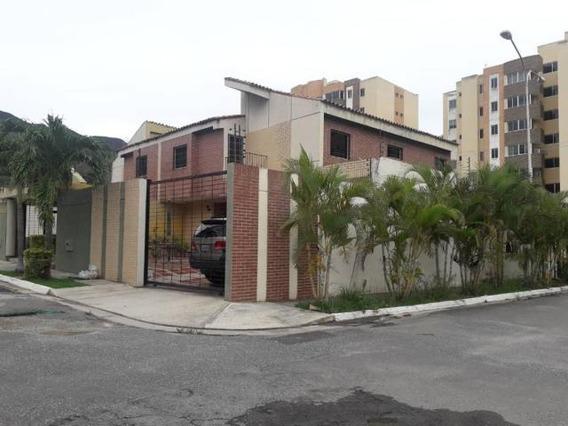 Casa En Venta En Mañongo 20-19263 Ajc