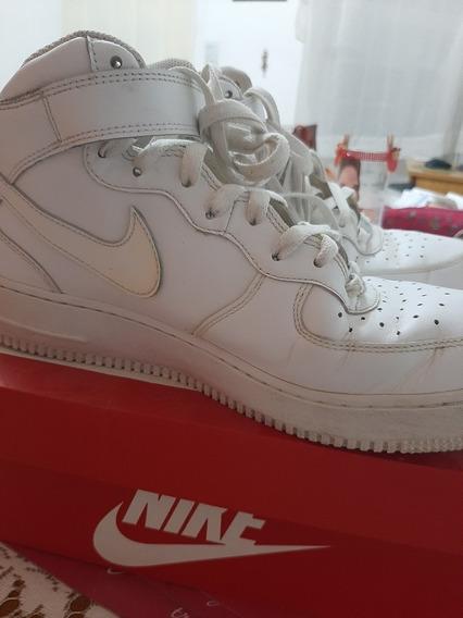 Zapatilllas Nike Air, Importadas, Semi Nuevas Con Caja.