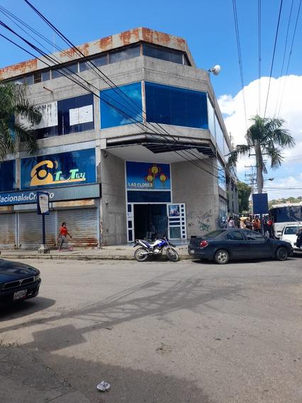 Venta De Local Comercial En El C.c. Las Flores,santa Teresa.