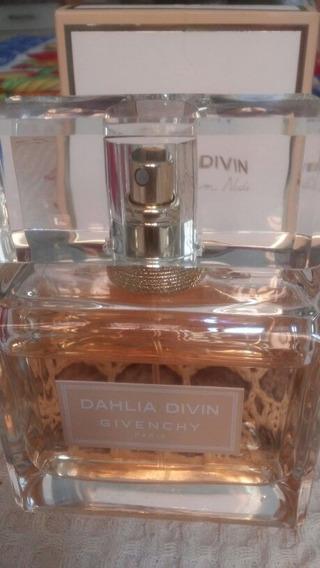 Perfume Dahlia Nude