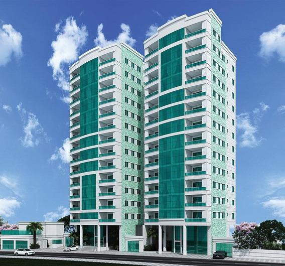 Apartamento No Centro Com 3 Quartos Para Venda, 110 M² - Lg7106