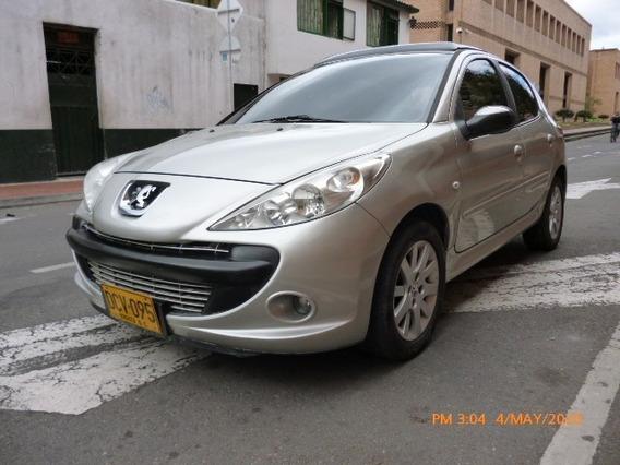 Vendo Peugeot 207 Compact Gris Hatchback