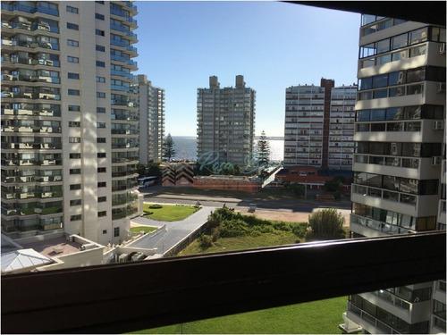 Apartamento En Brava, 1 Dormitorios *- Ref: 924