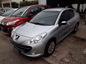 Peugeot 207 Compact 1.6 Xt