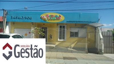 Casa Comercial Localizado(a) No Bairro Centro Em Canoas / Canoas - G3106