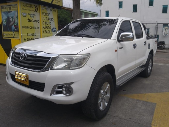 Toyota Hilux Hilux D/c 25 4x4 M/t