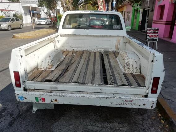 Chevrolet Chevy Pick Up Custom Deluxe
