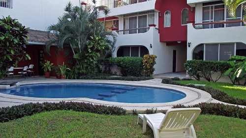 Venta Hermoso Departamento De Playa Del Carmen, Amueblado Con Piscina, P1696