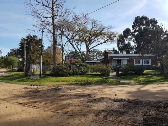 Vendo 2 Casas Impecables En 1 Padron, Esquina En Pinar Sur