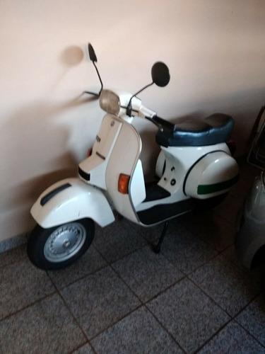 Imagem 1 de 6 de Piaggio Vespa
