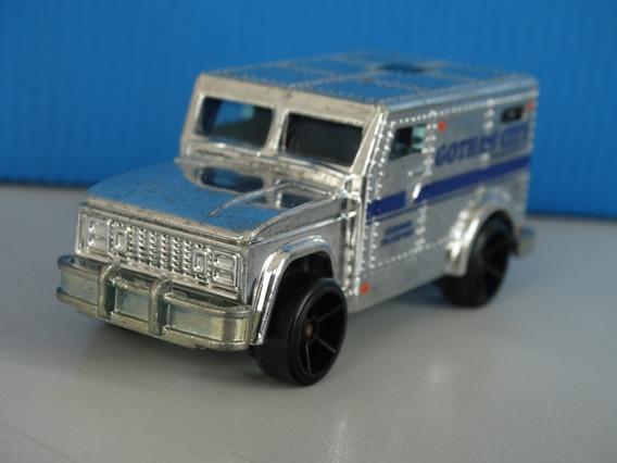 Armored Truck Five Pack Batman 2012 - Hot Wheels 1:64 Loose