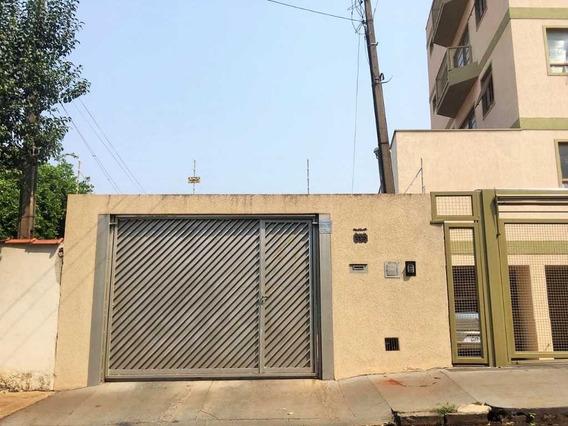 Aluguel De Casas / Padrão Na Cidade De Araraquara 9398