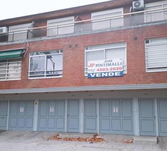 Triplex 3 Ambientes. Garage, Patio, Parrilla