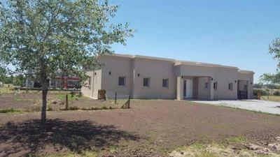 Casas En Venta En Jauan Pablo 11 N°1600 Al 100 En Fincas De San Vicente