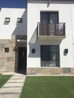 (crm-5268-498) Casa Amueblada En Renta, Bosques Del Dorado, León, Gto