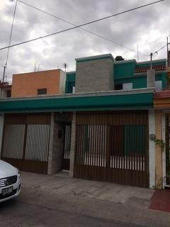 Excelente Casa En Jardines De San José.